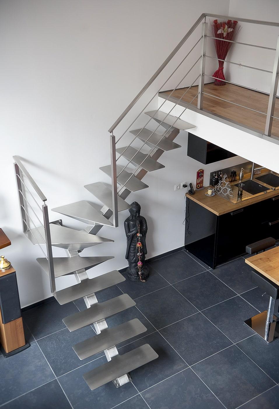 Escalier inox brossé