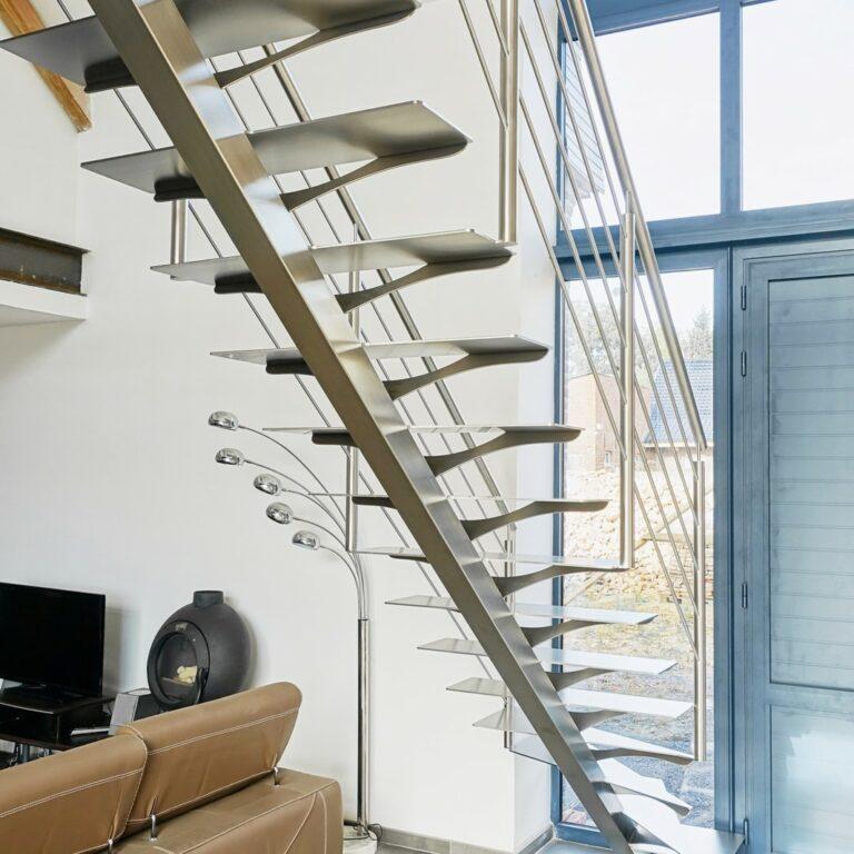 escalier inox brossé droit