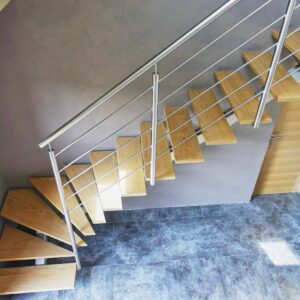 escalier inox et marches chêne